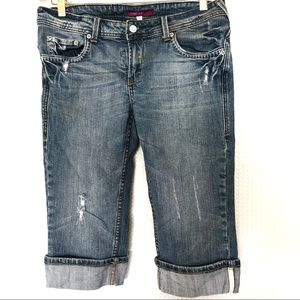 Vigoss  Long Distressed Jean Short Size 7